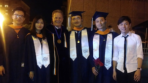 Prof. Deason with group of 2019 EEM grads